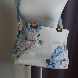 Handbags - 🖐$4🖐 Blue flower purse